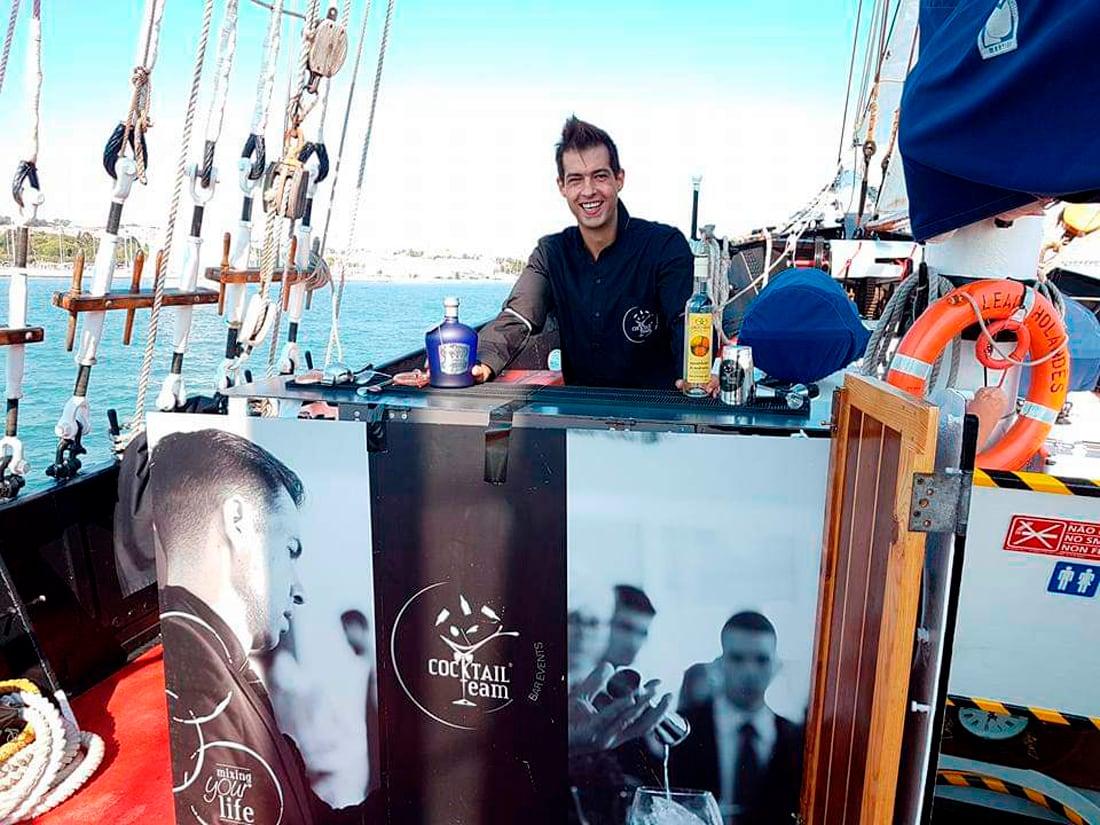 Serviço de Bar em alto mar